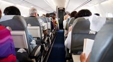 Amore a prima vista in aereo: l'appello di Vera su Fb per ritrovare l'uomo dei suoi sogni