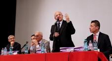 De Luca vara il suo movimento: «Noi oltre i partiti tradizionali»