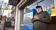 Irruzione in tabaccheria, coltello puntato alla pancia: «Fuori i soldi»