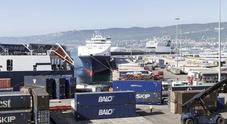 Porto, continua la crescita: traffico container a +20,99%