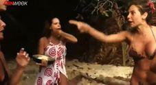 Rissa tra Paola Caruso e Raquel: insulti sull'Isola dei Famosi spagnola