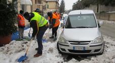 Pesaro in aiuto di Macerata La Provincia invia uomini e turbine anti neve
