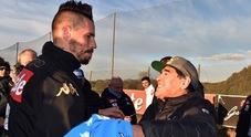 Napoli, la promessa di Maradona: «Questa gente merita un altro scudetto»
