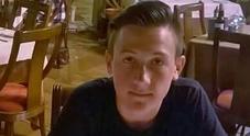 Immagine Muore a 17 anni sotto un treno, tre indagati