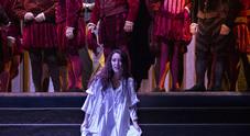 Rigoletto al teatro San Carlo prima con due ministri