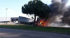 Immagine Scontro sulla Romea:  due morti carbonizzati
