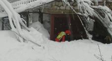 """Si scava verso appartamento  """"bunker"""" dell'hotel distrutto"""