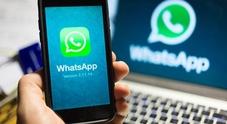 WhatsApp di nuovo down: la app di messaggistica smette di funzionare