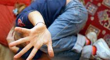 Abusi sulla figlioletta della sua colf:  gestore di bed&breakfast nei guai