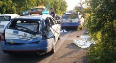 Ubriaco alla guida travolge quattro poliziotti: uno è grave, choc nel bresciano
