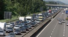 Esodo da bollino rosso: lunghe code  sulla A22 verso il Trentino Alto Adige