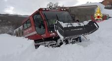 Neve e scosse di terremoto allerta valanghe livello 4 Evacuate anche le roulotte