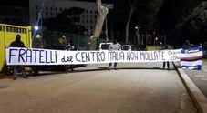 Striscione di solidarietà ai terremotati dei doriani vietato all'Olimpico /Foto