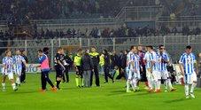 Terremoto, scosse avvertite anche a Pescara: partita interrotta per 1' e protesta dei tifosi: chiedevano lo stop