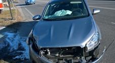 Si schianta con la Nissan sul ponte della tangenziale: ferito un 60enne