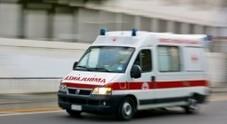 Provoca un incidente in auto e scappa: «Fuggita perché senza assicurazione»