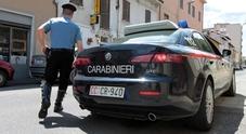 Gli prelevano 460 euro con la carta di credito clonata: l'ira di un giovane