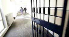 Evade dai domiciliari: «Mamma è andata in Messico, mettetemi in galera». Accontentato