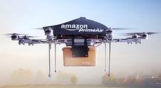 """Consegne coi droni: Amazon brevetta i """"magazzini volanti"""""""