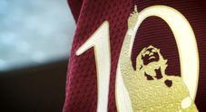 Totti day, la maglia speciale della Roma per l'ultima del capitano
