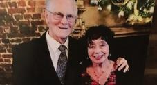 Marito e moglie muoiono a poche ore di distanza dopo aver passato 65 anni insieme