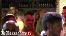 L'ADDIO DI TOTTI - Cena in centro con gli amici: delirio davanti al ristorante