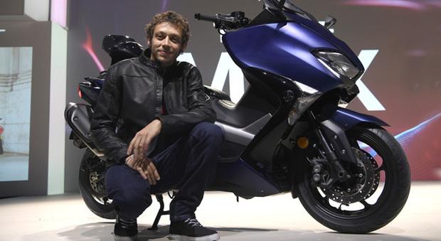 Valentino Rossi presenta il nuovo Yamaha T-Max