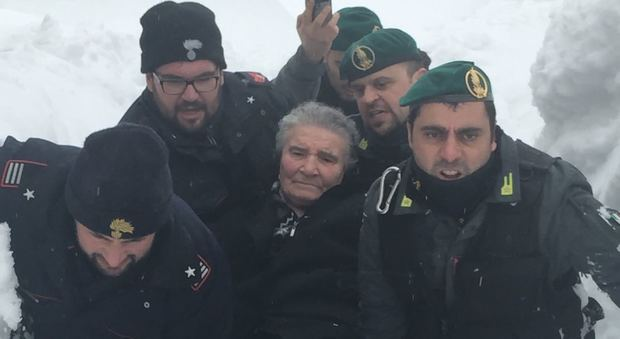 Acquasanta Terme, salvate le famiglie bloccate da una slavina
