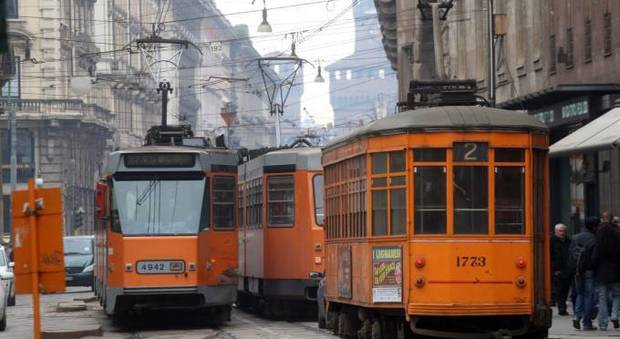 Incastrata sotto un tram amputato un piede a una for Quanto costa un tram in collina