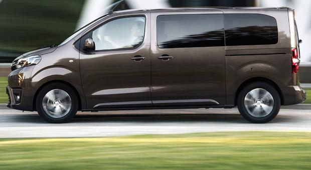 Il Toyota Proace Verso