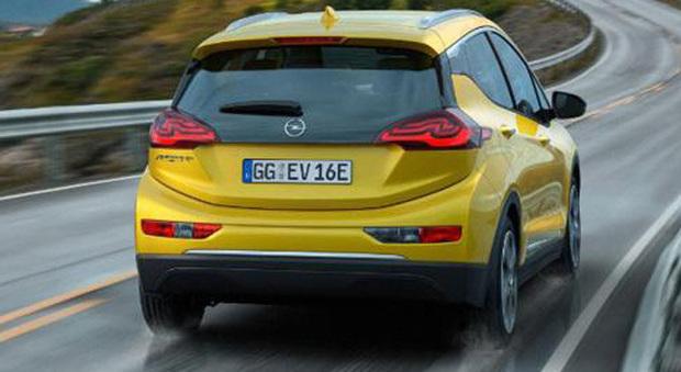 La nuova Opel Ampera-e