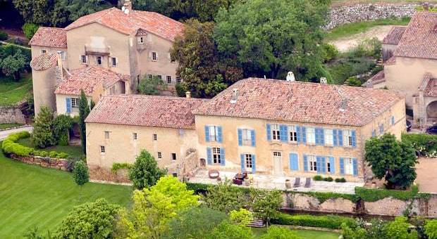 Brad pitt e angelina jolie in vendita il castello for Case del castello francese