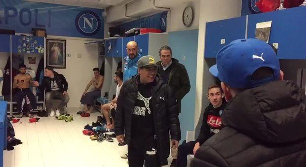 Maradona a Castel Volturno con i giocatori del Napoli