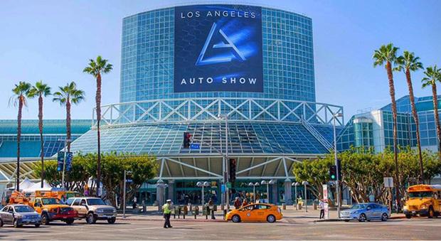 L'esterno del Los Angeles Auto Show