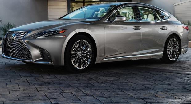 La Lexus LS 500 è la nuova ammiraglia del brand di lusso di Toyota