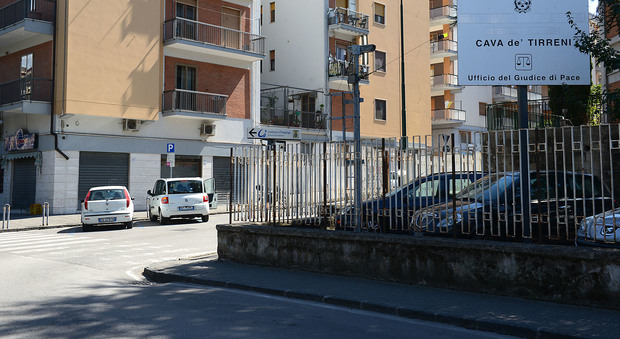 Abusi sessuali nel centro massaggi arrestato un 72enne di Nocera