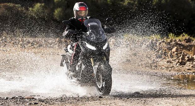 Il nuovo scooter city-adventure Honda X-ADV