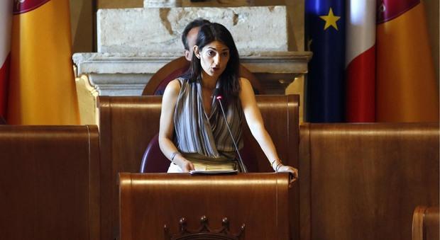 Roma, Raggi: «Per il bilancio cerco due nuovi assessori»