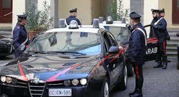 Due attentati dinamitardi nella notte ad Andria Nel mirino un'agenzia di pratiche e concessionaria