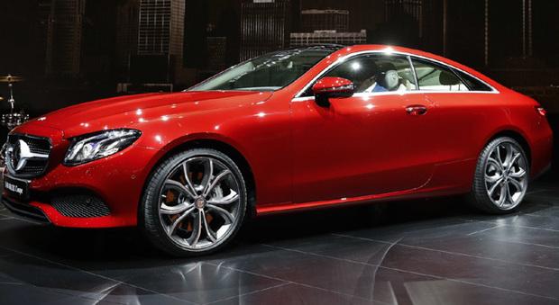 La Mercedes Classe E coupè presentata a Detroit