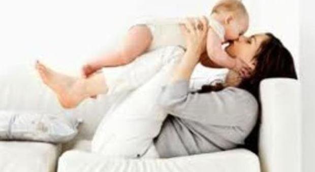 La mamma ideale? Ha 30 anni: bimbi più sani e intelligenti