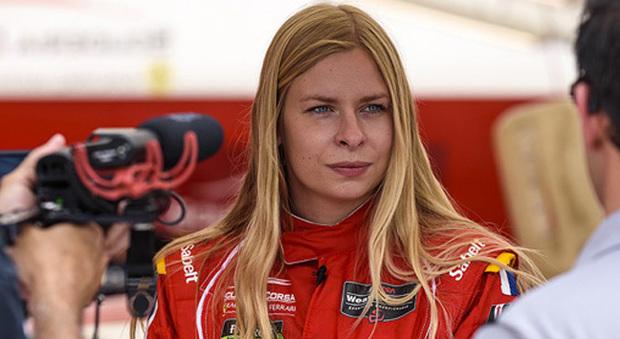 La 24enne danese Christina Nielsen è la prima donna ad aggiudicarsi il titolo della classe GT Daytona della serie IMSA