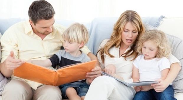 La sindrome da genitore perfetto: l'esaurimento nervoso colpisce il 13% di mamme e papà