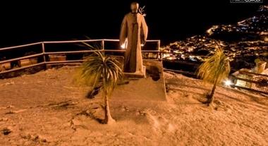 Castellabate, innevato anche il paese di «Benvenuti al Sud»