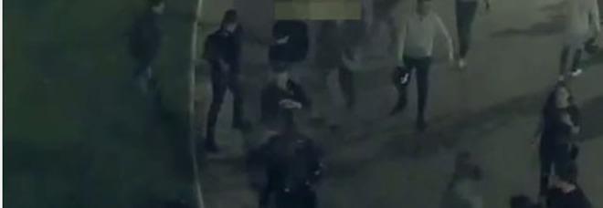Roma, rissa con coltelli a piazza Cavour: arrestati sette ragazzi, tre sono minorenni