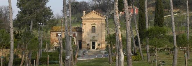 Il santuario di Madonna delle Grotte