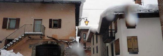 Maltempo, morta una donna vicino a Cuneo: travolta e uccisa da una lastra di neve