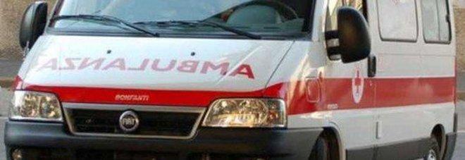 La tua segnalazione | «Oltre un'ora per aspettare l'ambulanza a Napoli»