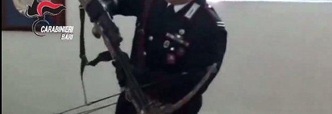 Mafia: 17 arresti, c'è anche un carabiniere Affiliazione con patto di sangue e champagne