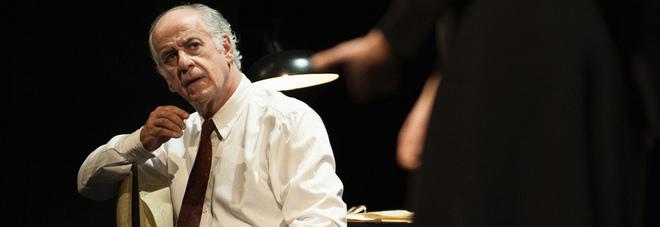 Toni Servillo a Napoli: «Il teatro specchio su come stare al mondo»